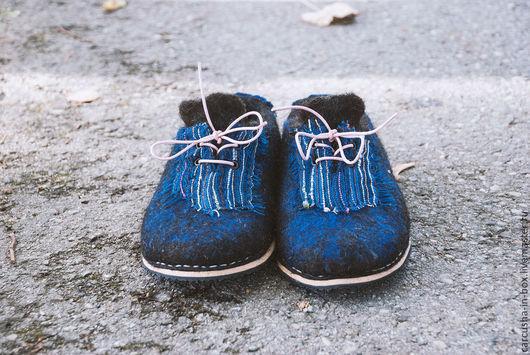 Обувь ручной работы. Ярмарка Мастеров - ручная работа. Купить валяные тапки. Handmade. Валяные тапочки, классный подарок, каучук