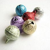 Бусины ручной работы. Ярмарка Мастеров - ручная работа Бубенчики разноцветные. Handmade.