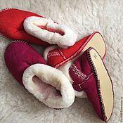 Тапочки ручной работы. Ярмарка Мастеров - ручная работа Чуни из меха овчины.Мягкая подошва. Handmade.