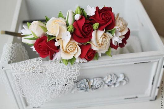 Диадемы, обручи ручной работы. Ярмарка Мастеров - ручная работа. Купить Ободок Чайные розы с красными. Handmade. Ярко-красный