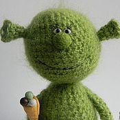 Куклы и игрушки ручной работы. Ярмарка Мастеров - ручная работа Малыш ШРЭК с мороженым - вязаная игрушка,кукла вязаная. Handmade.
