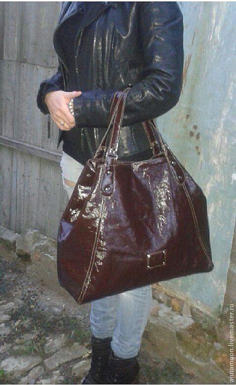 """Женские сумки ручной работы. Ярмарка Мастеров - ручная работа. Купить Сумка """"MiniTravelBag"""". Handmade. Коричневый, сумка кожаная"""