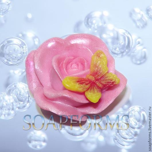 Силиконовая форма для мыла `Бабочка на розе`  (работа выполнена в мыле)