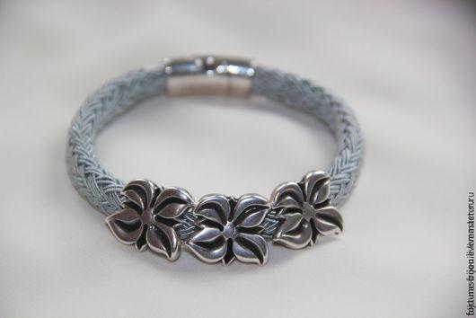 Браслеты ручной работы. Ярмарка Мастеров - ручная работа. Купить браслет Серебряные цветы. Handmade. Серый, подарок подруге