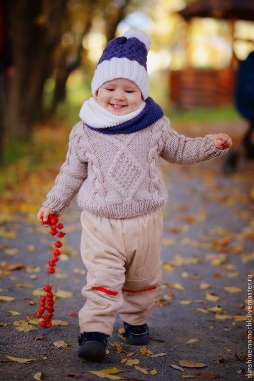 свитер с косами, по вашему желанию может быть выполнен в любом размере и цвете. На моделе расмер на рост 80 см.