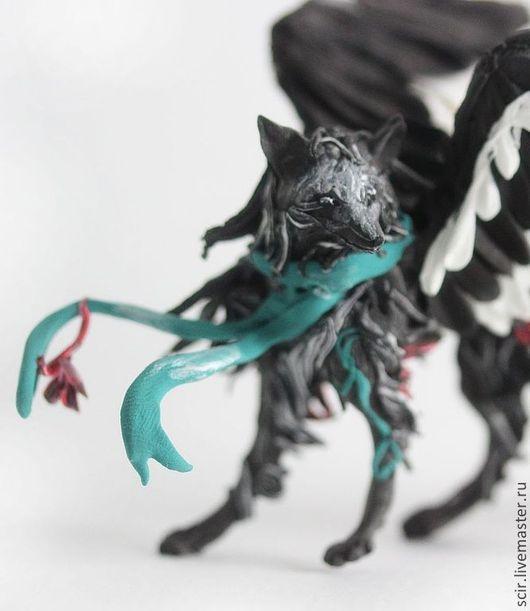"""Сказочные персонажи ручной работы. Ярмарка Мастеров - ручная работа. Купить фигурка """"черная лиса"""" (черная крылатая лиса, черный крылатый волк). Handmade."""