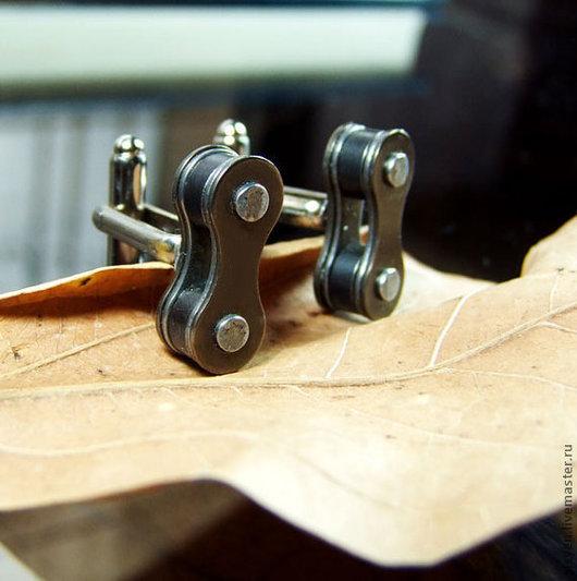 Запонки ручной работы. Ярмарка Мастеров - ручная работа. Купить Запонки для велосипедистов из цепи- одно звено. Handmade. Запонки, велосипед