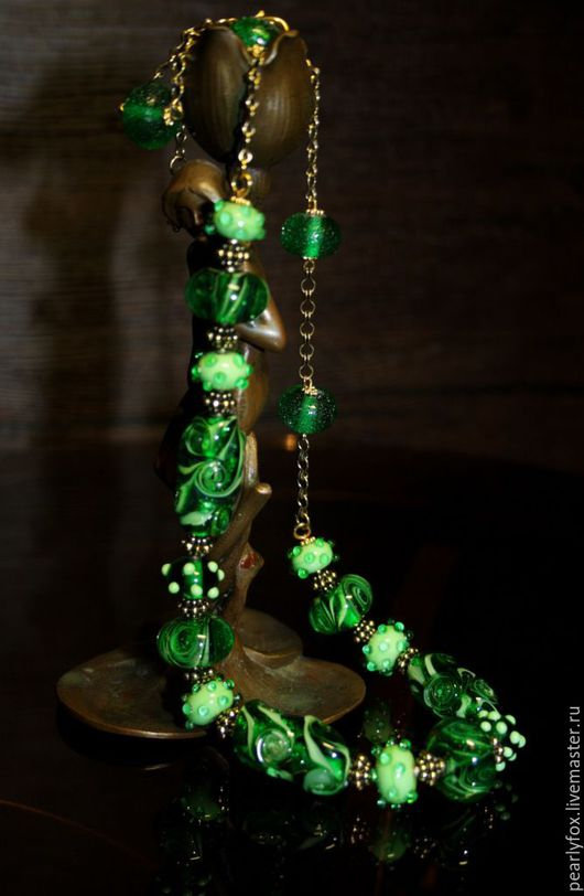 Колье, бусы ручной работы. Ярмарка Мастеров - ручная работа. Купить Колье лэмпворк Тайны изумрудного леса. Handmade. Зеленый