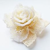 Подарки к праздникам handmade. Livemaster - original item CREAM ROSE.  Cream rose. A beaded brooch.. Handmade.