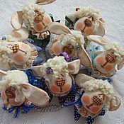 Куклы и игрушки ручной работы. Ярмарка Мастеров - ручная работа сувенирные крошки овечки). Handmade.