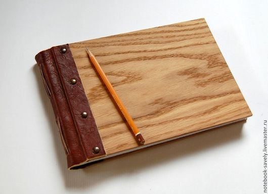 Блокноты ручной работы. Ярмарка Мастеров - ручная работа. Купить Альбом деревянный с рисунком .(дуб+кожа). Handmade. Коричневый, кот, в клеточку