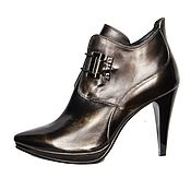 Обувь ручной работы handmade. Livemaster - original item Black ankle boots rubber genuine leather with a Golden sheen. Handmade.