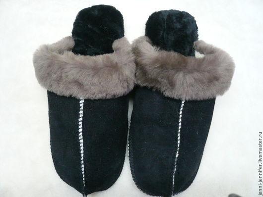 Обувь ручной работы. Ярмарка Мастеров - ручная работа. Купить Мужская домашняя обувь из натурального меха и замши. Handmade. Черный