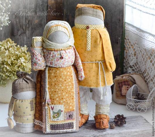 """Народные куклы ручной работы. Ярмарка Мастеров - ручная работа. Купить кукла-оберег Семья """"Вечная весна"""".. Handmade. Бежевый"""