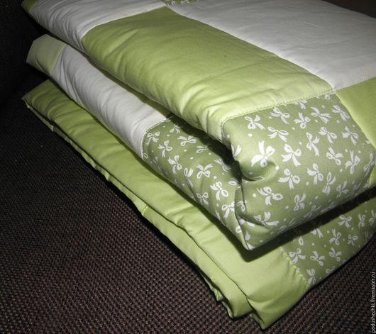 """Текстиль, ковры ручной работы. Ярмарка Мастеров - ручная работа. Купить Стеганое покрывало """"Нежно-зеленое"""". Handmade. Салатовый, бежевый"""