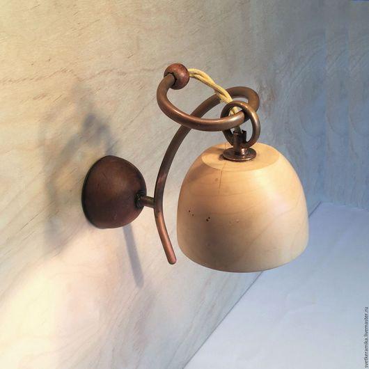 Освещение ручной работы. Ярмарка Мастеров - ручная работа. Купить Настенный светильник из дерева и керамики (диаметр плафона 10-12 см). Handmade.