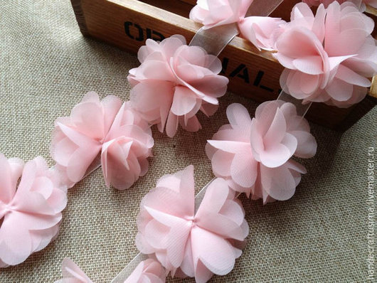 Другие виды рукоделия ручной работы. Ярмарка Мастеров - ручная работа. Купить Шифоновые цветы на сетке. Handmade. Бледно-сиреневый