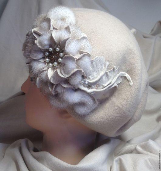 """Береты ручной работы. Ярмарка Мастеров - ручная работа. Купить Берет  """"Валерия"""". Handmade. Бежевый, берет с цветком, подарок женщине"""