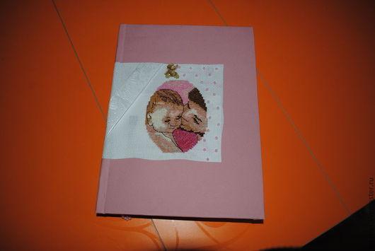 Подарки для новорожденных, ручной работы. Ярмарка Мастеров - ручная работа. Купить Блокнот тематика для будущей мамы. Handmade. Коралловый
