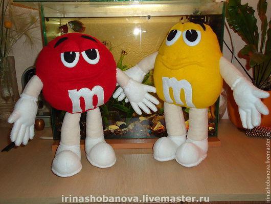 Сказочные персонажи ручной работы. Ярмарка Мастеров - ручная работа. Купить Красный и Желтый из рекламы М&Мs. Handmade. Сувенир