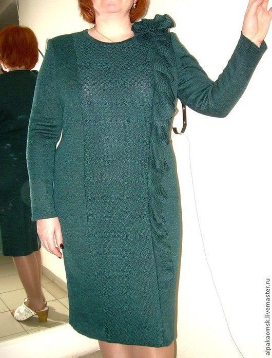 Платья ручной работы. Ярмарка Мастеров - ручная работа. Купить платье трикотажное с рюшей. Handmade. Платье вязаное, женское платье