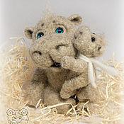 Куклы и игрушки ручной работы. Ярмарка Мастеров - ручная работа Бегемоты шерстяные - папа и малыш. Handmade.