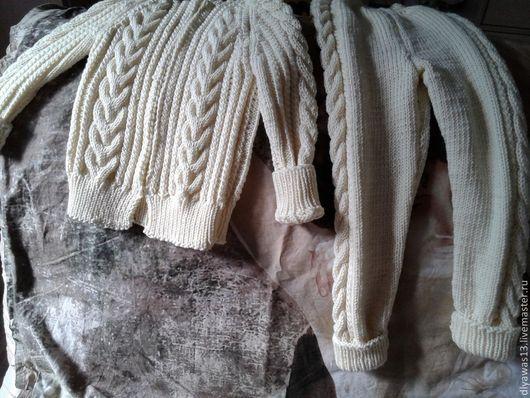 Одежда для девочек, ручной работы. Ярмарка Мастеров - ручная работа. Купить Детский костюмчик. Handmade. Белый, теплый подарок