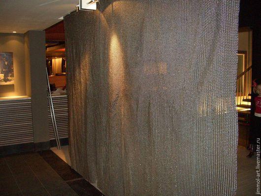 На данный момент В НАЛИЧИИ 2  полотна размером 3мХ1,5 м, толщина проволоки 1,5 мм. Можем сделать любое полотно, любого размера и толщины. Также выполняем на заказ КОЛЬЧУГИ НАТЕЛЬНЫЕ