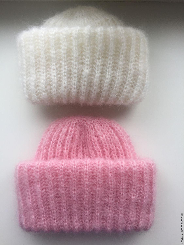 Вязанные мохеровые шапки