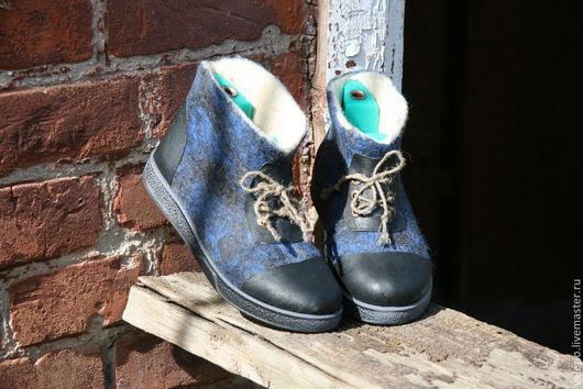 Обувь ручной работы. Ярмарка Мастеров - ручная работа. Купить Джинс. Handmade. Синий, обувь для дома, кожа