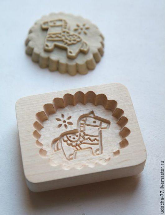 Посуда ручной работы. Ярмарка Мастеров - ручная работа. Купить Пряничная доска ЛОШАДКА. Handmade. Дерево натуральное, конь