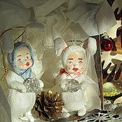 Куклы и игрушки ручной работы. Ярмарка Мастеров - ручная работа Мальчики-зайчики набор ватных елочных игрушек. Handmade.