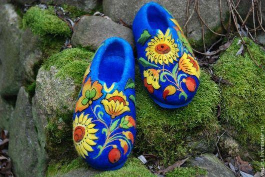 Обувь ручной работы. Ярмарка Мастеров - ручная работа. Купить Тапочки 41  «Подсолнухи» русский стиль. Handmade. Тёмно-синий