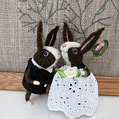 Мягкие игрушки ручной работы. Ярмарка Мастеров - ручная работа Свадебные кролики. Handmade.