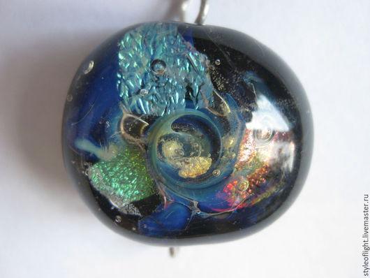 """Кулоны, подвески ручной работы. Ярмарка Мастеров - ручная работа. Купить Кулон из муранского стекла """"Колесо вселенной"""". Handmade. Разноцветный"""