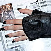 Аксессуары handmade. Livemaster - original item Mitts 3D Mask made of natural suede black color. Handmade.