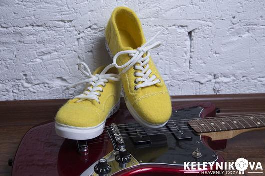 Обувь ручной работы. Ярмарка Мастеров - ручная работа. Купить Валяные кеды Босиком по солнцу. Handmade. Желтый, демисезонная обувь