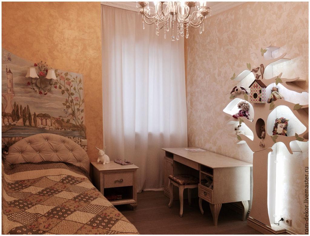 Дерево-стеллаж с подсветкой в интерьере заказчика (г. Иркутск)