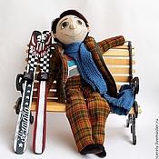 Куклы и игрушки ручной работы. Ярмарка Мастеров - ручная работа Лыжник в клетчатом. Handmade.