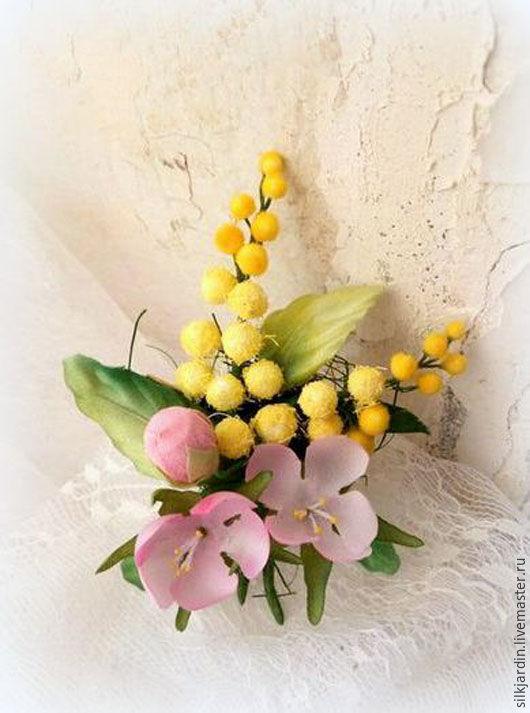 """Броши ручной работы. Ярмарка Мастеров - ручная работа. Купить ЦВЕТЫ ИЗ ТКАНИ. шёлковые розы """"Весенние цветы"""""""". Handmade."""
