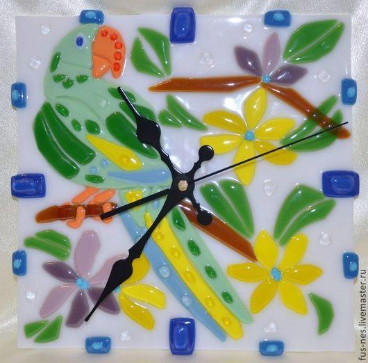 Часы для дома ручной работы. Ярмарка Мастеров - ручная работа. Купить Попугай Фьюзинг. Handmade. Попугай, стекло, Фьюзинг, цветы