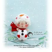 Куклы и игрушки ручной работы. Ярмарка Мастеров - ручная работа КУКА -снеговичОк.  Миниатюрная кукла. БРОШЬ. Handmade.