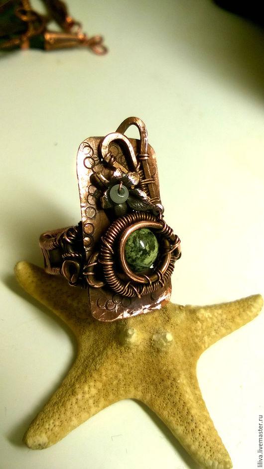 """Кольца ручной работы. Ярмарка Мастеров - ручная работа. Купить Кольцо """"Дикий плющ"""", медь, змеевик, латунь с медным покрытием. Handmade."""