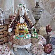 """Куклы и игрушки ручной работы. Ярмарка Мастеров - ручная работа Зайка в стиле Тильда """"Компаньонка к утреннему кофе"""". Handmade."""