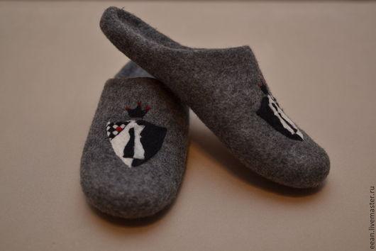 """Обувь ручной работы. Ярмарка Мастеров - ручная работа. Купить Валяные тапочки """"Пешка-ферзь"""". Handmade. Темно-серый"""