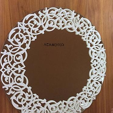 Для дома и интерьера ручной работы. Ярмарка Мастеров - ручная работа Зеркало с резной окантовкой (50см). Handmade.