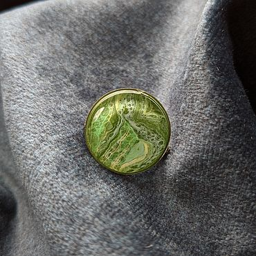 """Украшения ручной работы. Ярмарка Мастеров - ручная работа Брошь """"Мшистый зелёный холм"""", земля, флюид арт. Handmade."""