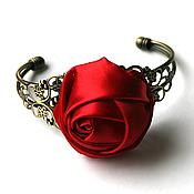 Украшения ручной работы. Ярмарка Мастеров - ручная работа Винтажный браслет с красной розой из ленты. Handmade.