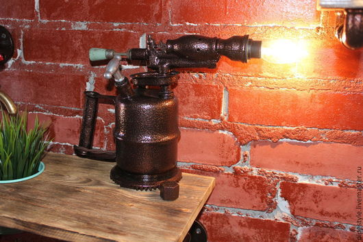 Освещение ручной работы. Ярмарка Мастеров - ручная работа. Купить Светильник паяльная лампа в стиле стимпанк. Handmade. Лампа, светильник