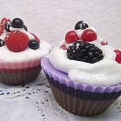 """Мыло ручной работы. Ярмарка Мастеров - ручная работа Мыло """"Пирожное с ягодами"""" 2. Handmade."""